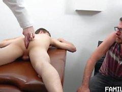 [FamilyDick] Doktorlar Ofis [720]