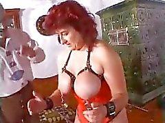Extremen Milf Mutter Einlieger verworren riesige Dildos und bizarren SM Fotze Folter