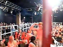 Bei Huhn - Partei disrobe Tänzerin verschraubt
