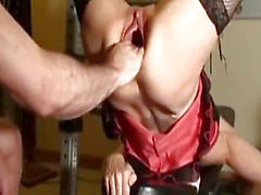 monster fittan fisting samt sprutande orgasm
