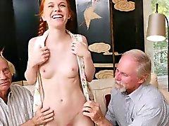 Äldre män nytta unga heta rödhårig tonåring Dolly liten