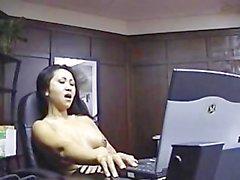 office Secretary on vaultent