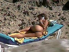 Espionnage maturité doigté au abruti on beach