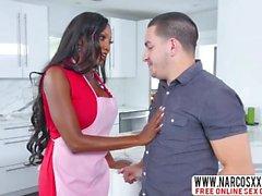 Adaptable Ebony MILF Diamond Jackson Needs Hard Sex