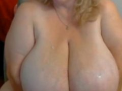 Giant Tits On BBW Mature Webcam Girl