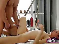 Massage slut gets cusmhot after fucking