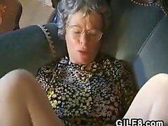 Бабушки Из Германии хочет, чтобы его Hard Cock