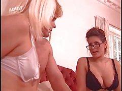Jenny tulls- sex clinic
