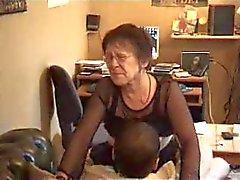 Heiße Oma zwei