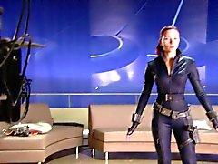 Avengers adlı ekstralar Scarlett Johansson