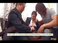 Mihiro невинных Китайская девочка получает чертову метрополитена