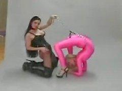 Fetiche lesbiano flexible de