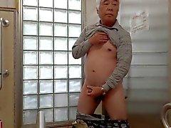 Japon ihtiyar adam mastürbasyon penis sperm akar dikmek
