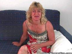 Hittar du British mormödrar alls hellre ett par sex ?