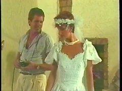 Sharon Mitchell Hochzeitskleid
