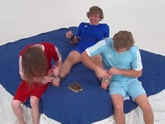 Cody tiene pies Ticklish! (Pie Cosquillas Frenesí)