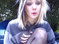 blonde outdoor play on cam