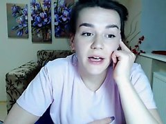 teen flexible baby flashing boobs on live webcam