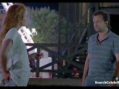 Juliet Lemonnier - Hotel De La Plage S01E02