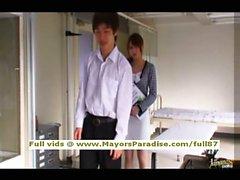 Akiho Yoshizawa невиновным китаянка получает киска облизываемая