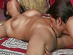 Dude licks indian pussy before she suck his candy