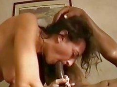 libertino puta esposa creampied por el hombre negro en un motel