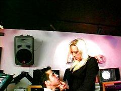 Technician shagging horny babe