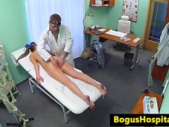 patient stress baise médecin pour se calmer