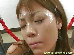 Agressif houe asiatiques fétichisme se le bukkake