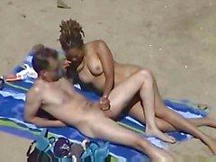 Handjob på stranden