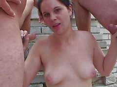 Amateur Outdoor-Gang-Bang