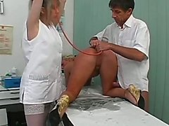 De docteur Gives Patient de lavement Et Ass Fuck