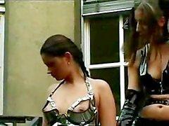 Slut giyiyor boya onu Aradığınız Cinsiyet Slave Diske ile birlikte oynama