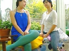 Sexe lesbien - Alina et Amber