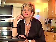 Unfaithful british milf dame sonia sort son surdimensionné br