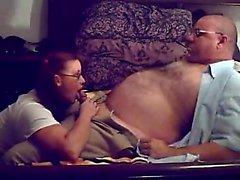 Uomo invecchiato roleplays unitamente con la sua donna ed ha un di GRE