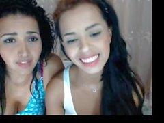 NN latinas disent qu'ils sont sœurs et se fessent