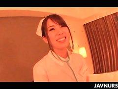 Nourrice Japon à chaud séduit son médecin et qu'il baiser bon