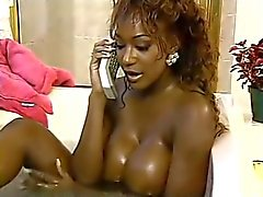 Ebony Milf Dominique Simone takes a bath