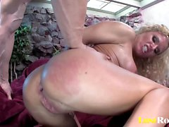 Kinky Tory Lane loves eating cum off Victoria