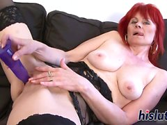 Mature redhead slut has her twat penetrated