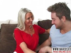 Compelling Not-Mom Emma Starr Gets Fast Fuck