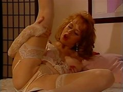 Slut britannica Sarah Jane Hamilton gioca con se stessa