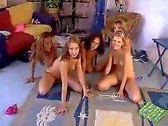 Пяти Girls Оргии