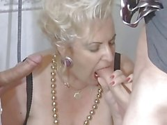 BBW-Granny-Slut fucked on Toilette by 2 Guys