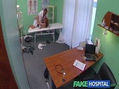 Hôpitaux Artificiel Redhead Innocent reçoit une prescription creampie