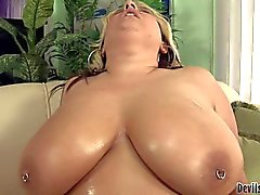 Massive titted bulky blonde Porsche Dali gets face fucked