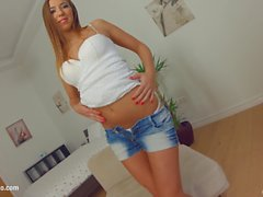Givemepink European beauty makes herself cum with a magic wand