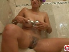 Persia Monir douche lapin HD