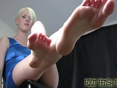 My sexy little feet are perfect for giving footjobs